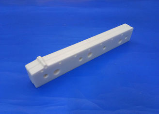95% Zro2 Substrate Machinable Ceramic Block , Wear Grooved Ceramic Guide Plate