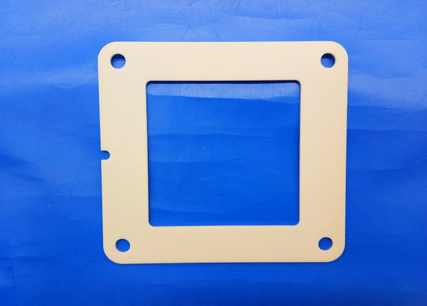 Zirconia Flame Industrial Ceramic Parts 97% Alumina Ceramic 4 Bolt Hydraulic Square Flange